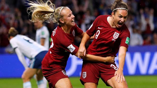 Engeland en Italië naar achtste finales WK, Japan revancheert zich