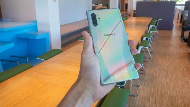 Review: Samsung Galaxy Note 10+ is groots in vorm en prestaties