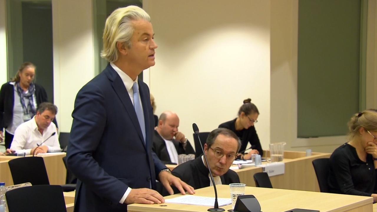 Wilders start pleidooi met harde woorden jegens rechtbank