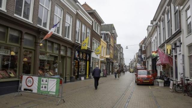 Fietsers ook op vrijdag weer toegestaan in Folkingestraat in Groningen