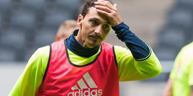 Ibrahimovic mist oefenduel Zweden wegens lichte blessure