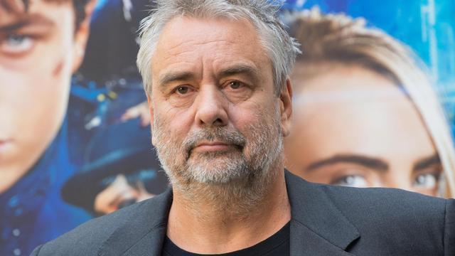 Vijf vrouwen beschuldigen filmmaker Luc Besson van ongepast gedrag