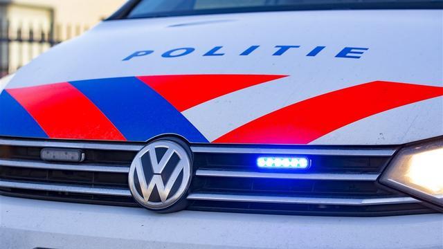 Politie lost waarschuwingsschoten tijdens achtervolging op A67