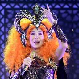 Cher wordt 75: Kameleon van de popmuziek wil niet ouder worden