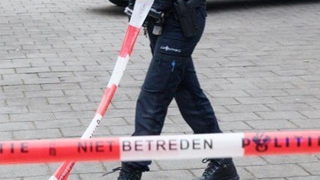 Man overleden in portiek van ouderencomplex na steekincident in Hoogvliet