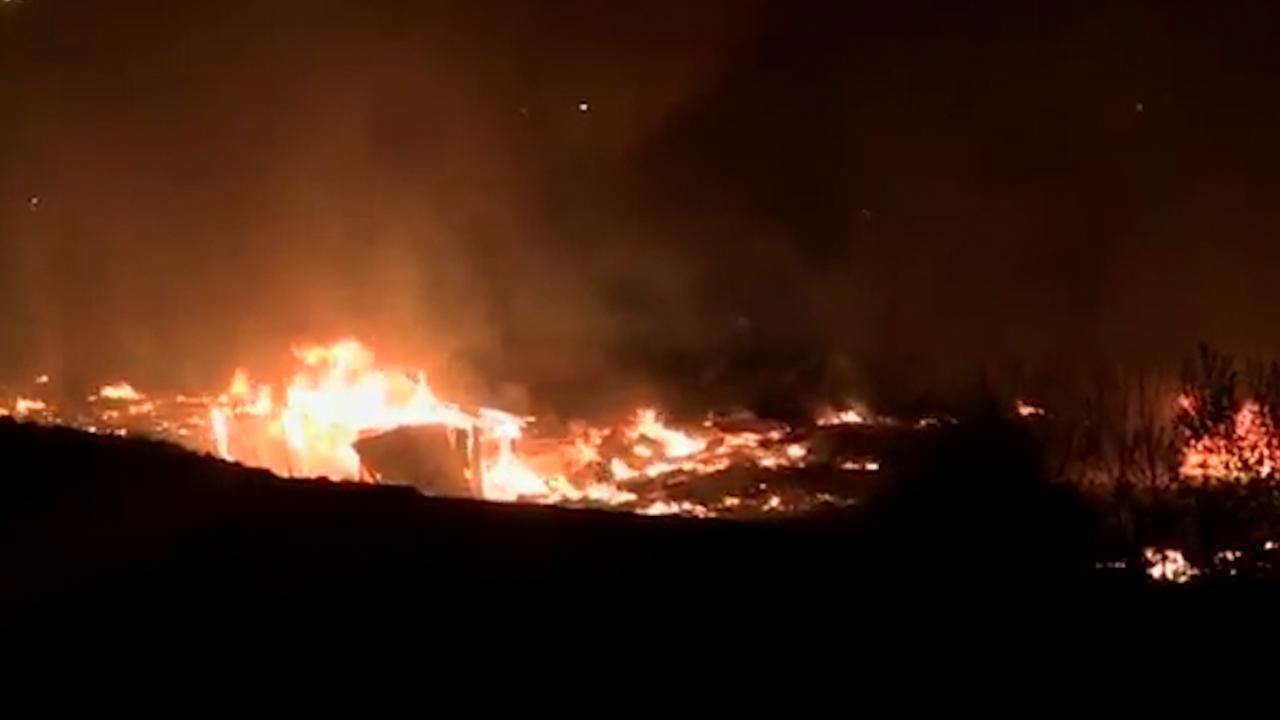 Eerste beelden brand vluchtelingenkamp Grande-Synthe