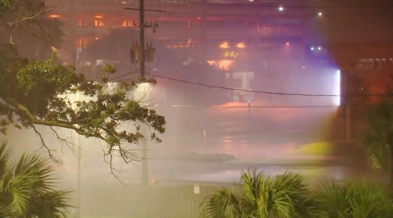 Hevige regenval in Mississippi en Louisiana door orkaan Nate