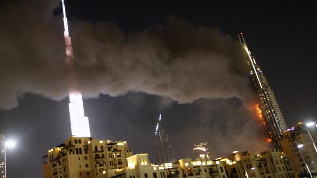 Dode en gewonden bij grote brand in wolkenkrabber Dubai