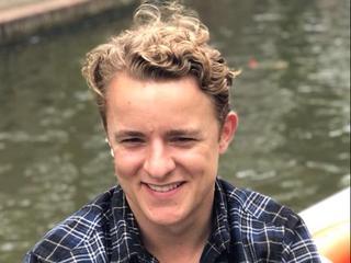 Fiets van vermiste Amsterdammer in gracht gevonden