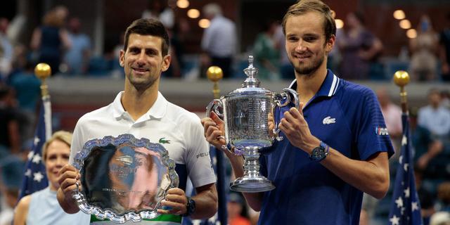 IJzersterke Medvedev wint US Open en houdt Djokovic van Calendar Slam af
