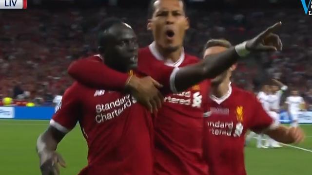 Mané tikt uit corner 1-1 binnen voor Liverpool