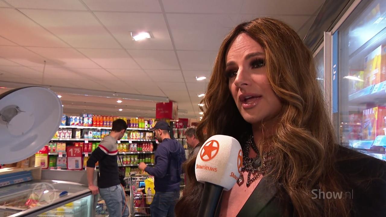 Fred van Leer verkleedt zich als vrouw voor shoot Beau Monde