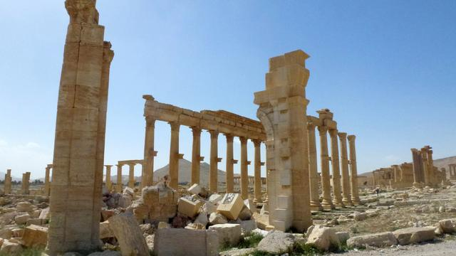 Syrië toont beelden van verwoesting Palmyra