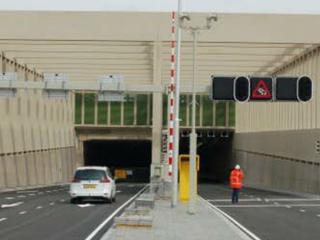 Tunnel zou maandag open gaan