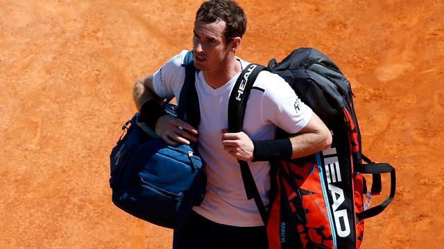 Murray vindt dat Roland Garros Sharapova geen wildcard moet geven
