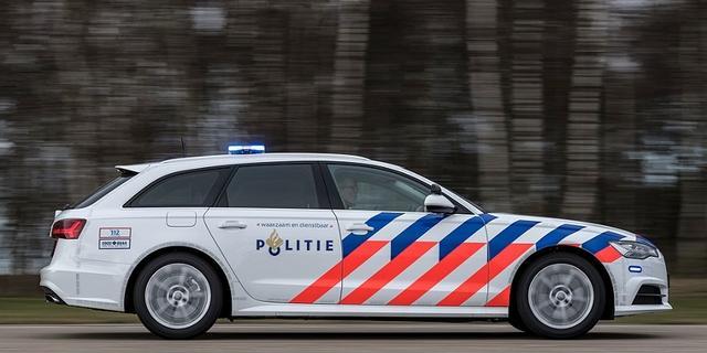 Automobilist rijdt door na aanrijding met fiets op Soestdijksekade