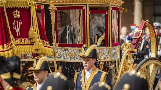 De hoedjes van Máxima, Laurentien en ministers op Prinsjesdag