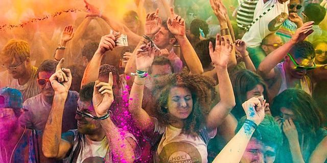 Meldpunt Discriminatie krijgt 400 meldingen binnen 'Holi Festival'