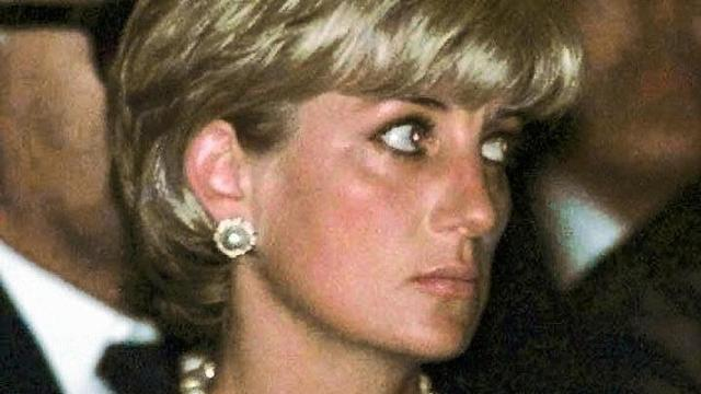 Prinses Diana was vaak in tranen door paparazzi