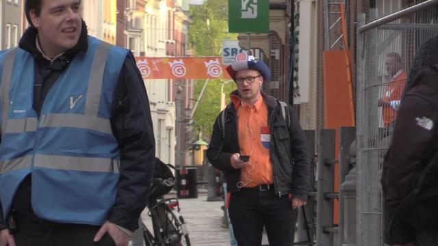 Eerste Oranjefans zijn er vroeg bij in Groningen