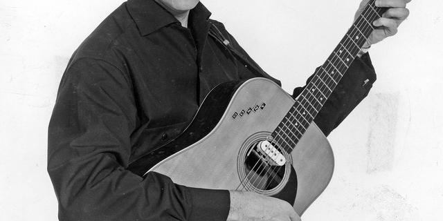 Countryzanger Sonny James (87) overleden