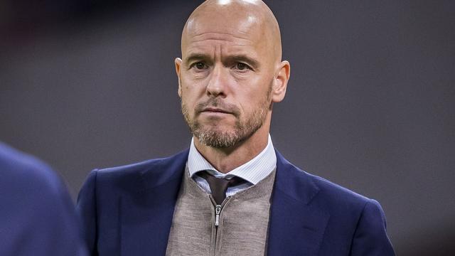 Ajax begint met Eiting tegen AEK, Frenkie de Jong centraal achterin