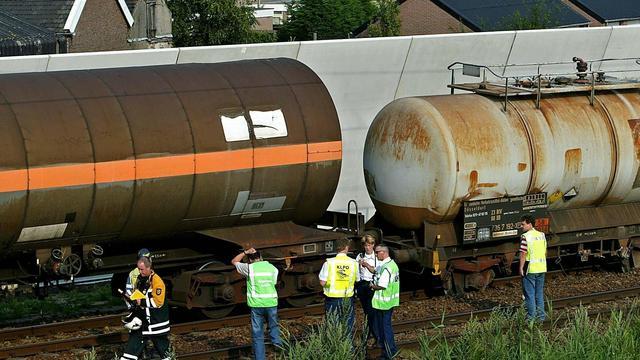 Dijksma laat treinen met gevaarlijke stoffen via andere routes rijden