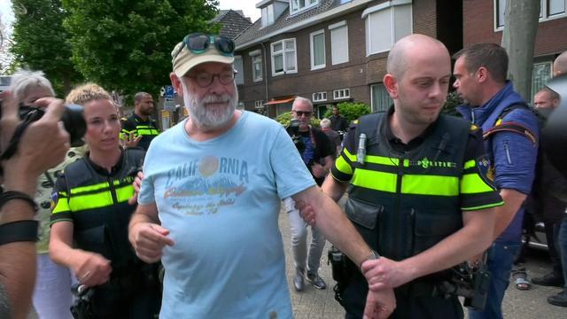 Politie biedt excuses aan voor aanhouding journalist bij flyeractie