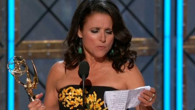 Julia Louis-Dreyfus maakt Trump belachelijk in speech Emmy's