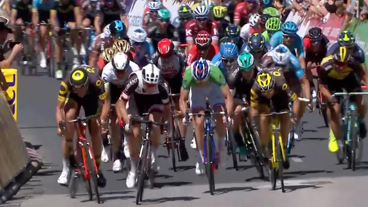 Samenvatting: Bauhaus wint massasprint in vijfde etappe Dauphiné