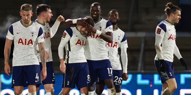 Tottenham komt door drie goals in slotminuten met schrik vrij in FA Cup