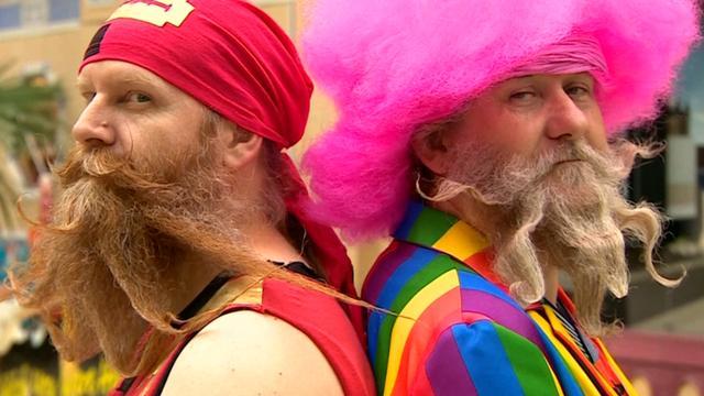Mannen pronken met gezichtshaar tijdens baardwedstrijd in Engeland