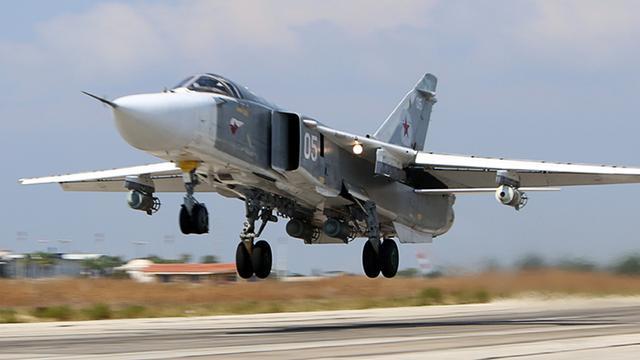 Russische luchtmacht ontkent raken burgerdoelen in Syrië