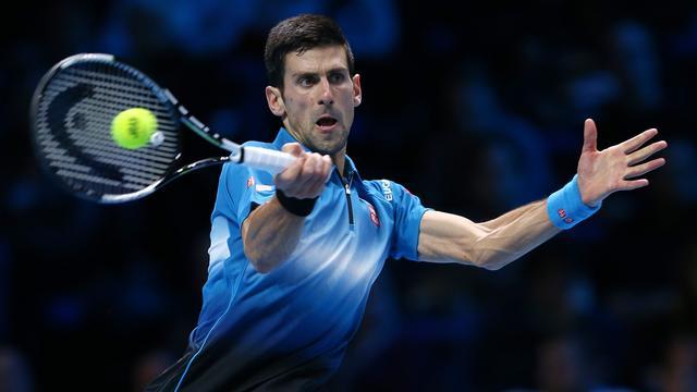 Djokovic verslaat Berdych en bereikt halve eindstrijd World Tour Finals