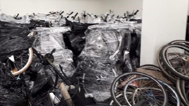 Gestolen lokfiets leidt naar 250 fietsen in kelder Radarstraat