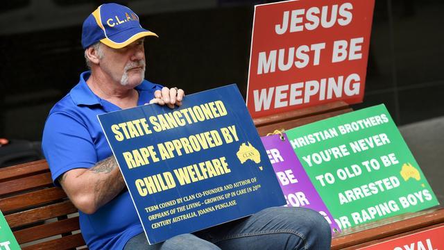 Katholieke kerk Australië tegen verplicht melden bij biecht bekend misbruik