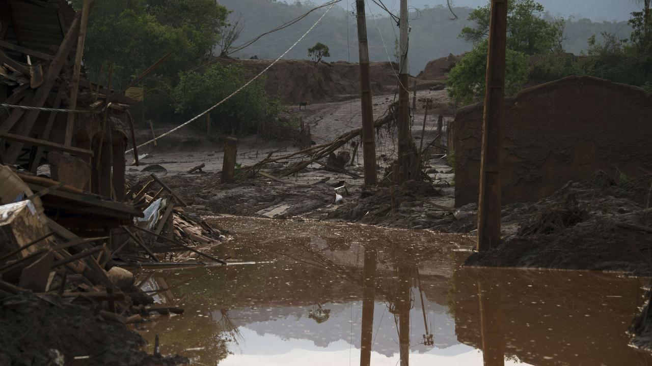 Weinig hoop overlevenden damdoorbraak Brazilië