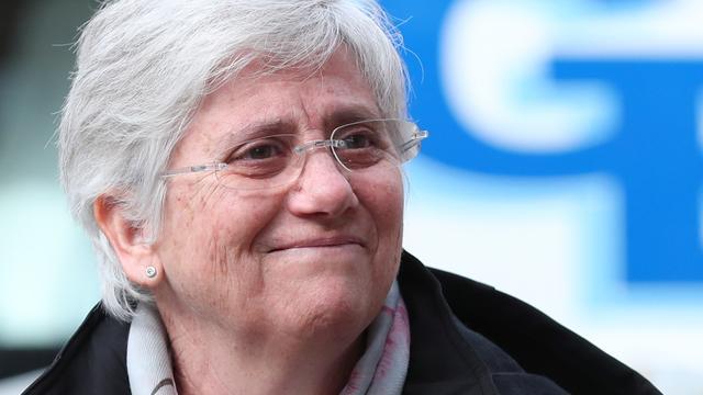 Catalaanse minister Clara Ponsati geeft zichzelf aan bij Schotse politie