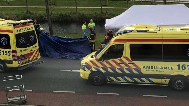 Meisje overleden na aanrijding met streekbus in Gouda.