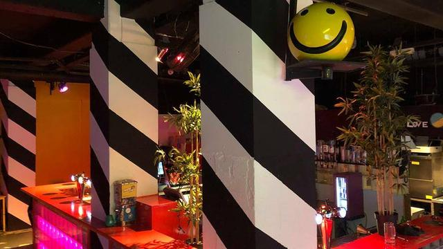 Weekend in Rotterdam: Halloween in de Markthal en dansen in BAR