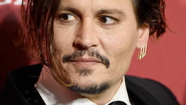 Johnny Depp wil dat Amber Heard geheimhouding tekent