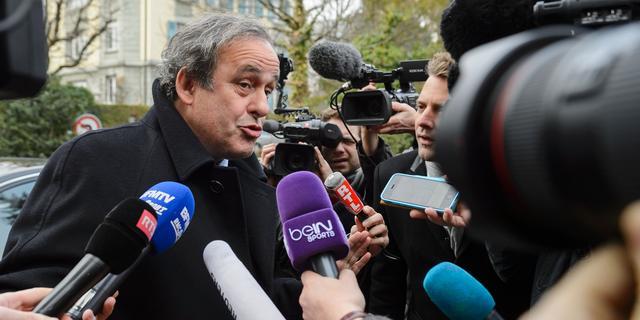 Dubieuze deal betekent einde van lange loopbaan Platini in voetbal