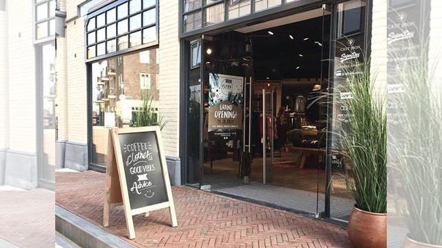 Flyer opent deuren van nieuwe pand aan Lage Zijde