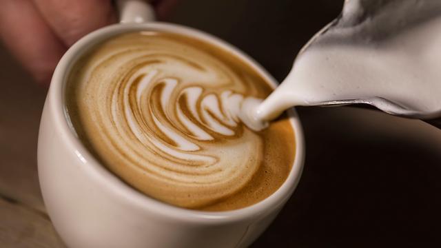 Cappuccino populairste koffie in Nederland: Zo maak je het zelf