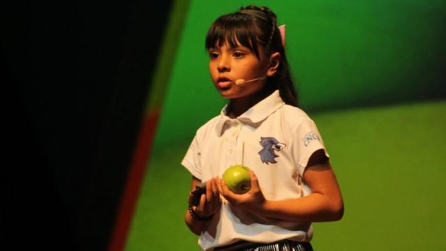 Wow! Adhara van acht jaar doet twee studies op de universiteit