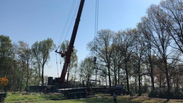 Plaatsen nieuwe brug over de Mark donderdag van start gegaan