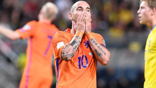 Sneijder vindt dat geluk niet aan Oranje-zijde was bij 'zuur' gelijkspel