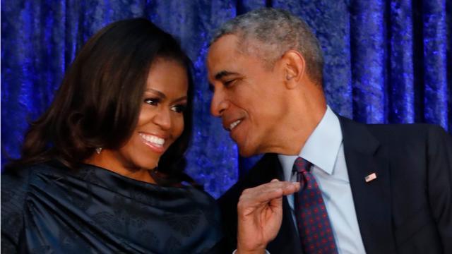 Barack Obama feliciteert jarige vrouw Michelle met fotoreeks op Twitter