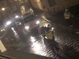 Zestal viel politie aan na opmerking over vernielen winkelruit
