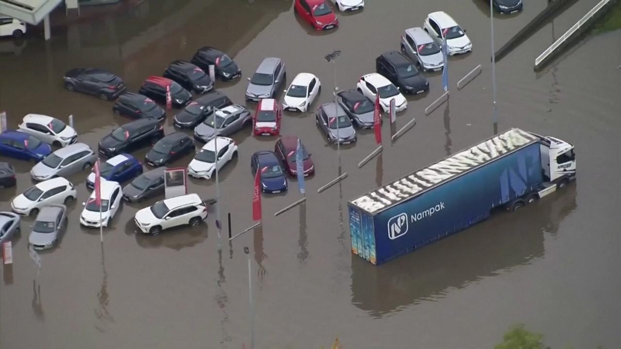 Luchtbeelden tonen omvang overstromingen in Engeland